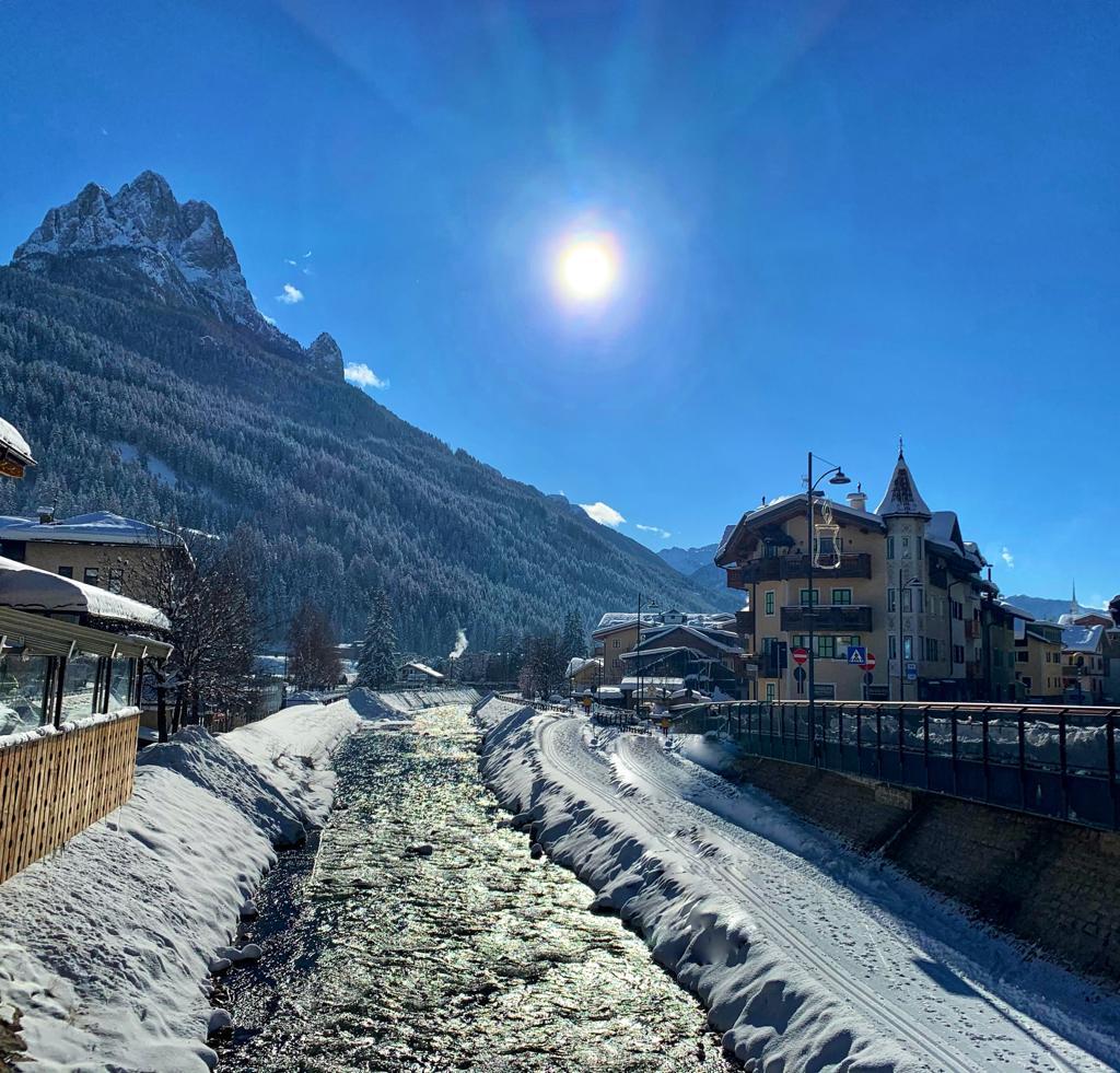 Pozza di Fassa, Val di Fassa e Dolomiti in inverno. in viaggio con alida travel